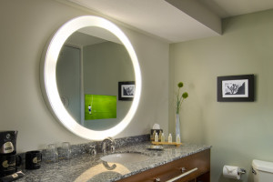 http://www.theplumbingplace.com/wp-content/uploads/2015/09/Electric-Mirror-300x200.jpg